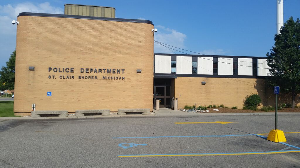 St Clair Shores Bail Bonds Police Station Image